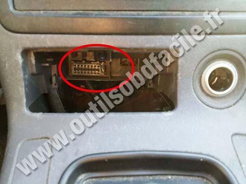 Acura CL OBD2 Plug