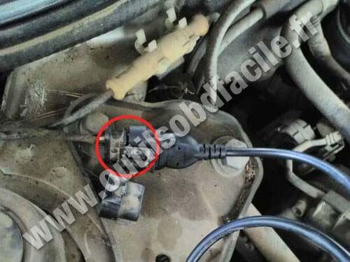 Alfa Romeo 145 OBD II plug