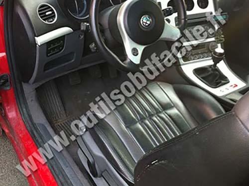 OBD2 connector location in Alfa Romeo Brera (2005 - 2010 ...