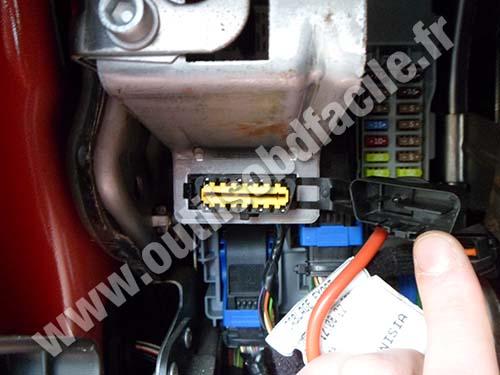 Alfa Romeo Mito OBD Connector