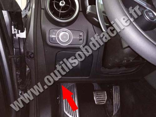 Alfa Romeo Stelvio - Pedals