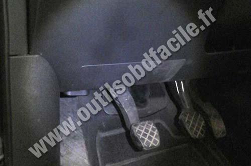 AUDI A2 OBD2 socket