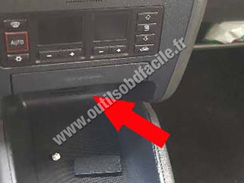 Audi A3 8L - Central console