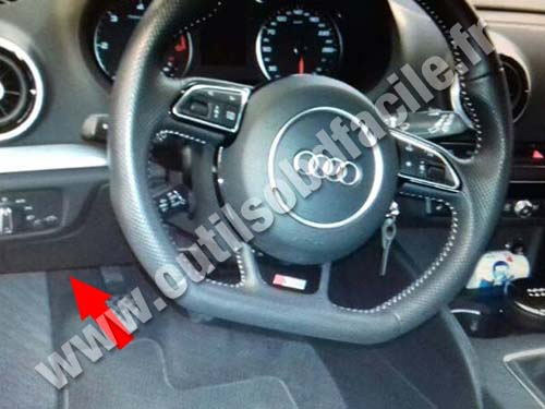 OBD2 connector location in Audi A3 (8V) (2012