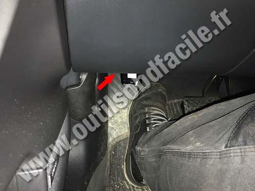 Audi S6 - Pedals