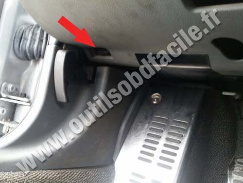 Obd2 Connector Location In Audi Tt 8n 1998 2006
