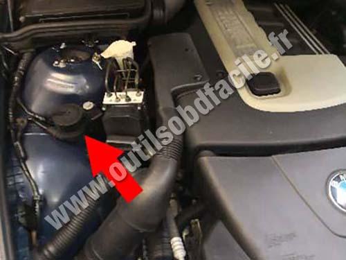 BMW Serie 5 E39 - Hood