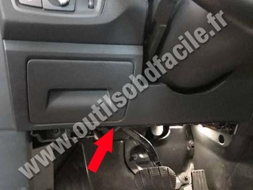 BMW X2 - Pedals