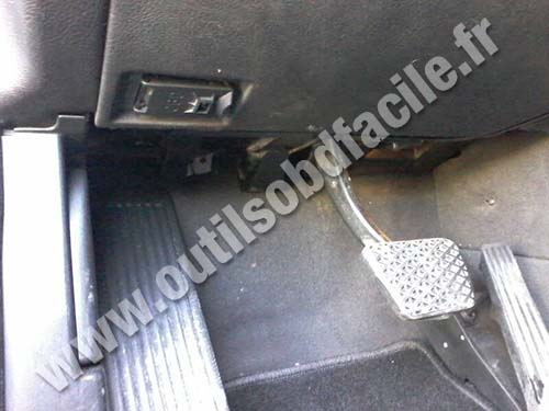Obd2 Connector Location In Bmw X5 E53 2000 2006