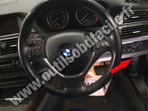 BMW X5 E70 - Steering wheel