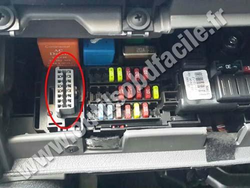 Chevrolet Classic OBD2 plug