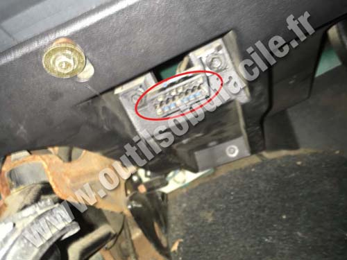 Chevrolet S10 - OBD2 Connector
