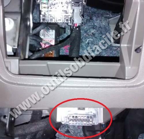 Plug Diag Obd Chevrolet Spin on Car Tracker Obd