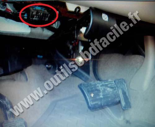Chevrolet Tahoe Gmt Pedals Brake Obd Socket on Car Tracker Obd