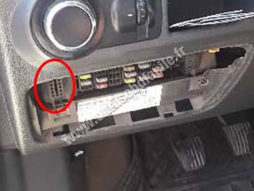 Chevrolet Tornado - OBD socket