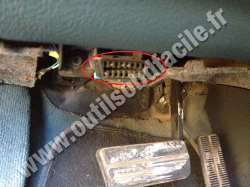 Chevrolet Venture - OBD2 Connector