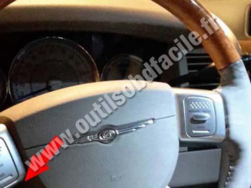 Chrysler Aspen - Steering wheel