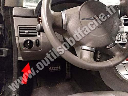 Chrysler Crossefire - Steering wheel