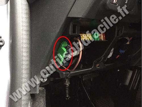 Citroen C-Elys�e - OBD plug