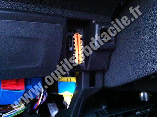 Citroen C3 II OBD Connector