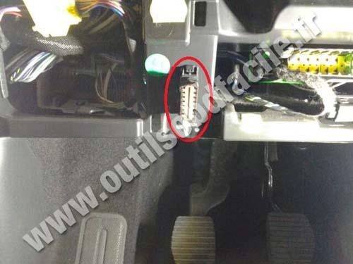 OBD2 connector location in Citroen C4 Cactus (2014 ...