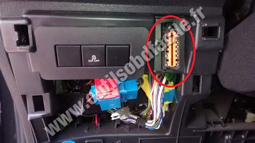 Citroen DS3 OBD2 socket