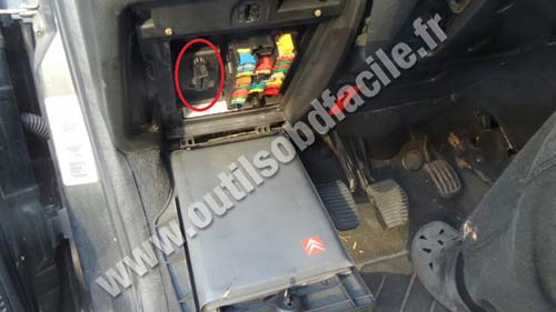Citroen c fuse box location wiring diagram images