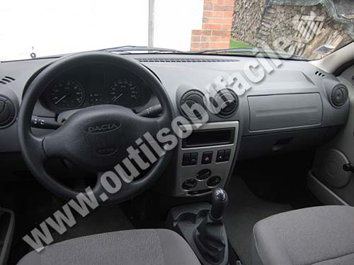 Dacia Logan Dashboard