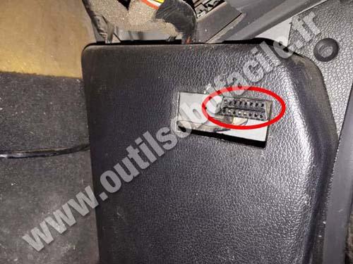 Daewoo Nexia - OBD socket