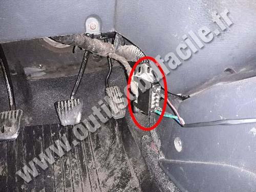 Daewoo Sens - OBD socket