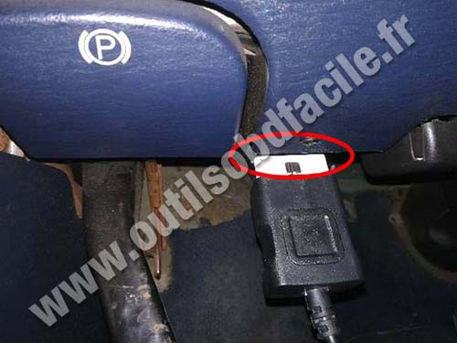 Dodge Grand Caravan - OBD port