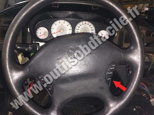Dodge Stratus Steering Wheel on 1995 Dodge Ram 1500