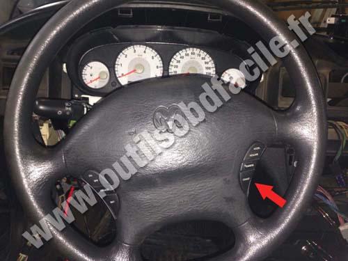 Dodge Stratus Steering Wheel on 1998 Dodge Stratus