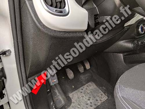 Fiat 500L - Pedals