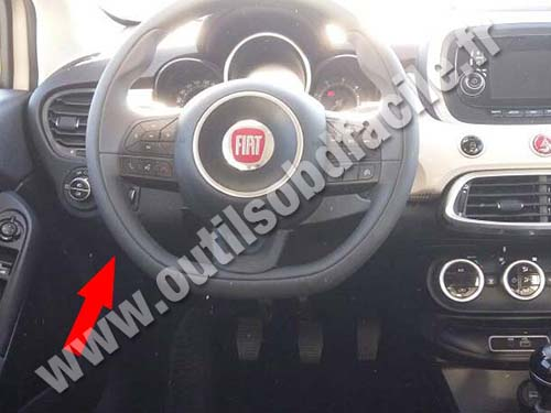obd2 connector location in fiat 500 x 2014 outils obd facile. Black Bedroom Furniture Sets. Home Design Ideas