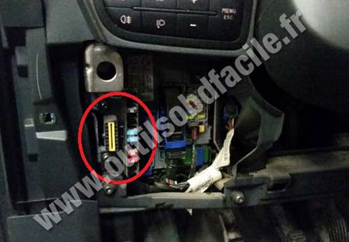 obd2 connector location in fiat fiorino  2007 -
