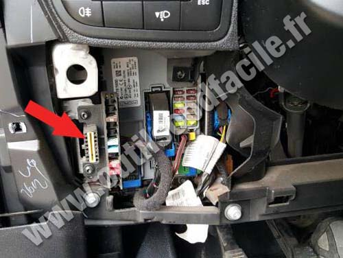 Fiat Qubo - Storage tray