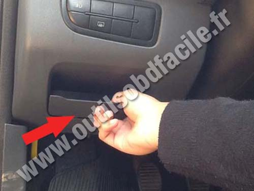 Fiat Uno - Connector hatch