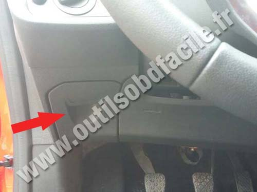 Ford Fiesta VI - OBD2 Connector