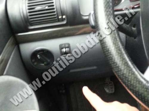OBD2 connector location in Ford Galaxy (2000 - 2006 ...