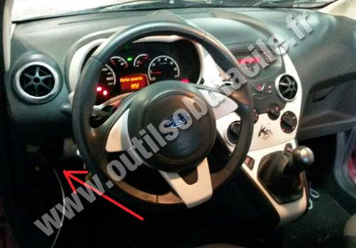 OBD2 connector location in Ford Ka (2008 - 2014) - Outils OBD Facile