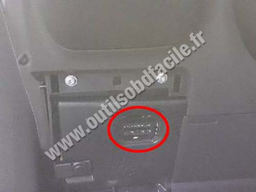 Ford Kuga - OBD port