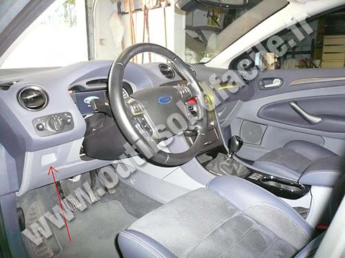 Ford Mondeo 3 dashboard