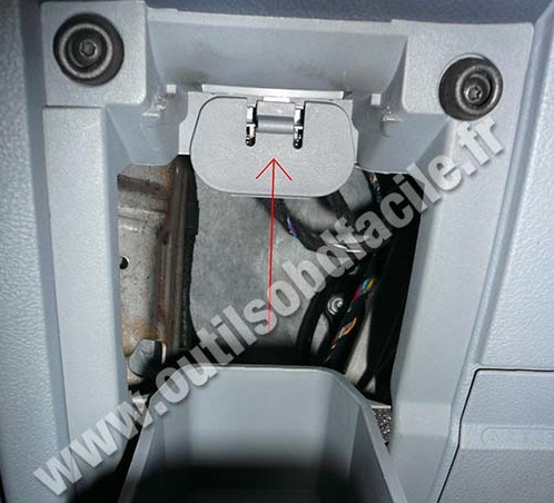Ford Mondeo 3 storage pockets