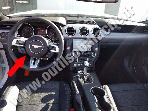 Ford Mustang - Dashboard