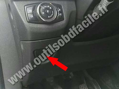 Ford Tourneo Courier - Storage compartment