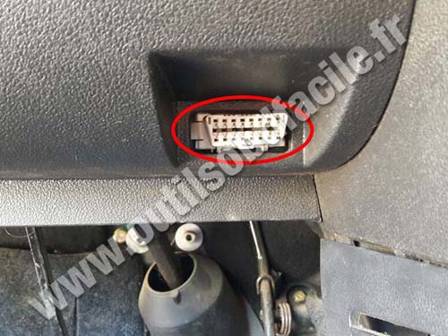 Geely LC1 - OBD connector