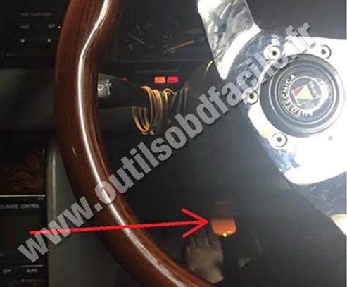 Holden Statesman VR dashboard