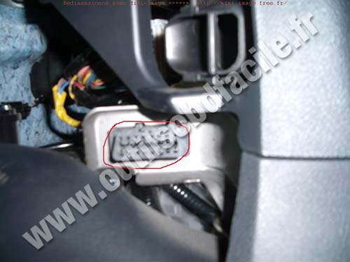 Obd2 Connector Location In Honda Civic 8 2006 2011 Outils Obd Facile