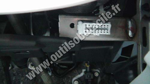Obd2 Connector Location In Honda Cr Z 2010